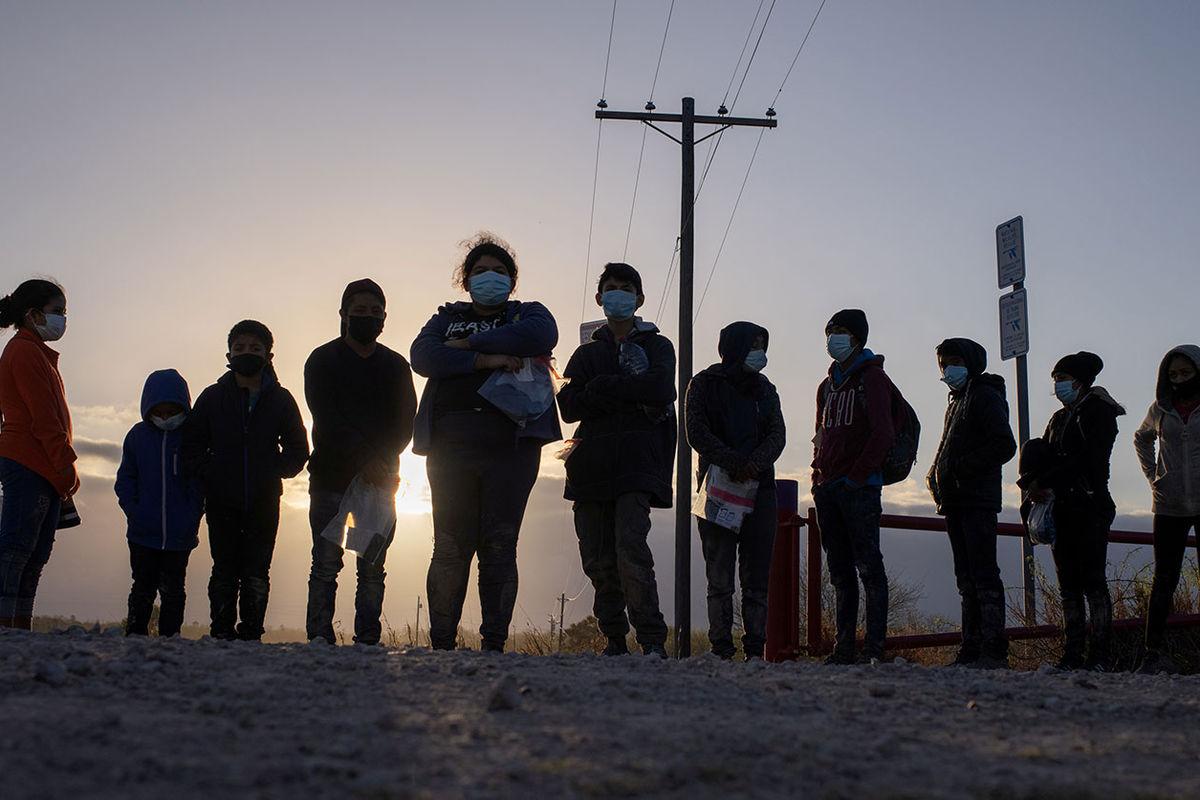 Мигранты из Центральной Америки в Техасе, 12 марта 2021 года