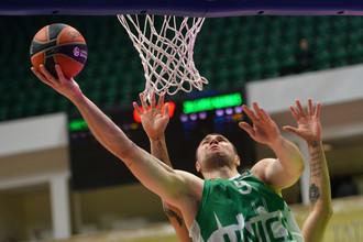 «Локомотив-Кубань» уступил УНИКСу в плей-офф Лиги ВТБ