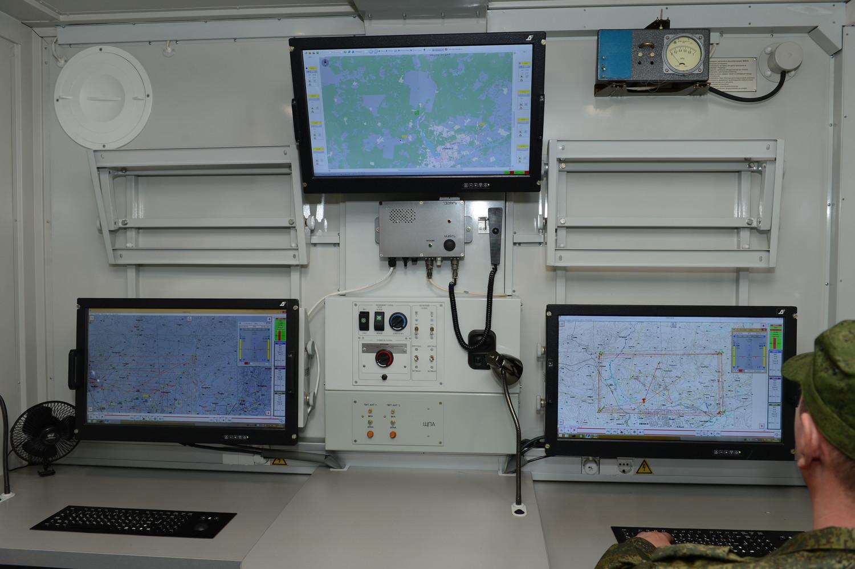 «Адъютант» обеспечивает возможность одновременного применения четырех видов мишеней и управление шестью мишенями одновременно.