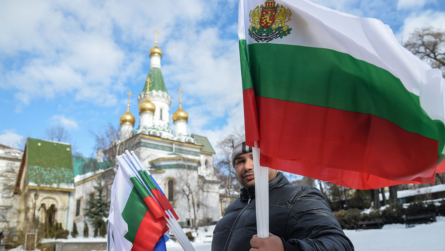 Сенатор заявил, что РФ зеркально ответит Болгарии в случае высылки дипломатов