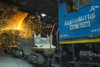 Министр промышленности Франции Арно Монтебур пригрозил ArcelorMittal изгнанием из Франции
