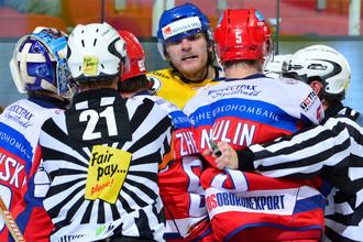 В нынешнем сезоне сборная России уже громила шведов