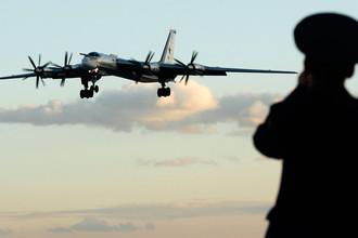 Перехват на учениях: истребители США поднялись за российскими Ту-95