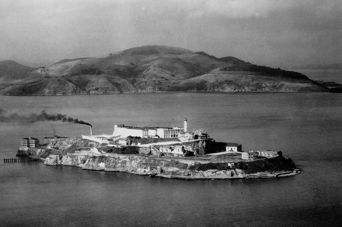 Вид на остров Алькатрас, 1933 год