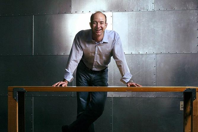 Основатель Amazon.com Джефф Безос, 2004 год