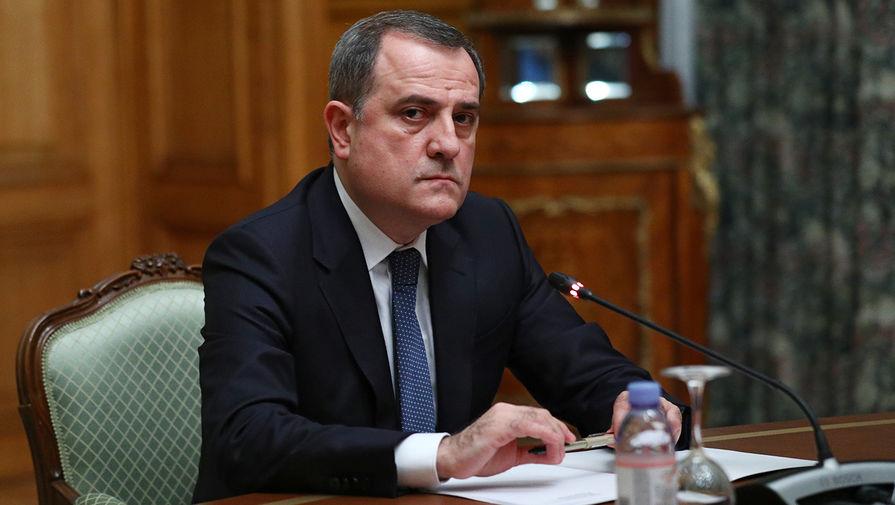 Министр иностранных дел Азербайджана Джейхун Байрамов во время трехсторонних переговоров в Доме приемов МИД РФ с участием коллег из Армении и России, 9 октября 2020 года