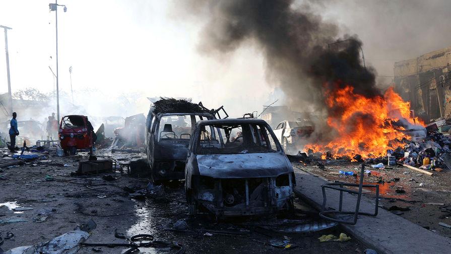 В результате взрыва в столице Сомали погибли 20 человек