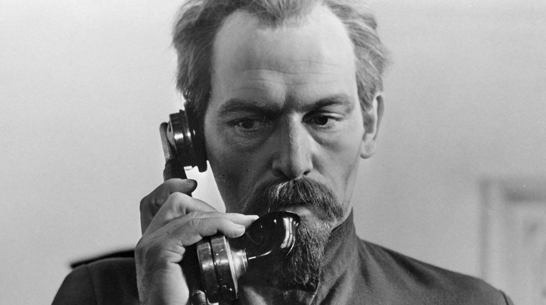 Василий Лановой в роли Дзержинского в фильме Юлия Карасика «Шестое июля», 1968 год