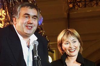 Артисты Станислав Садальский и Лариса Удовиченко во время мероприятия в Москве, 2003 год