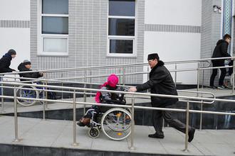 Лечить или сидеть: как дети в России страдают без лекарств