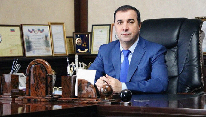 Золотая земля: в чем обвиняется дагестанский чиновник