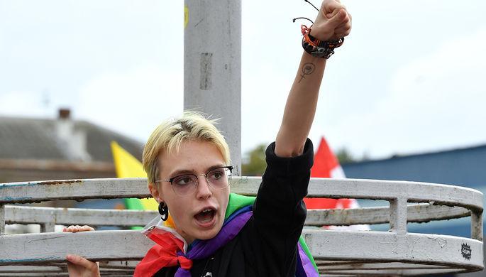 Дочь актера Михаила Ефремова Анна-Мария Ефремова на протестной акции женщин в Минске, сентябрь 2020 года