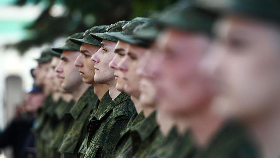 Советское не значит отличное: нужны ли армии политруки