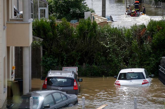 Наводнение в городе Монтаржи на севере Франции