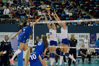 Сборная России победила команду Украины в стартовом матче чемпионата Европы по волейболу