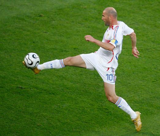 2006 год. Зинедин Зидан во время игры