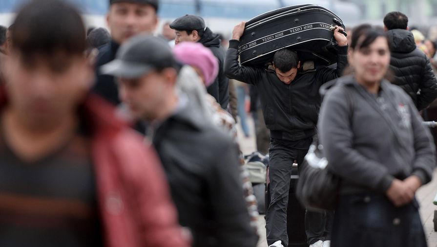 В МВД разрабатывают законопроект по легализации мигрантов и лиц без гражданства