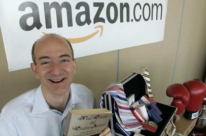 Основатель Amazon.com Джефф Безос, 2005 год