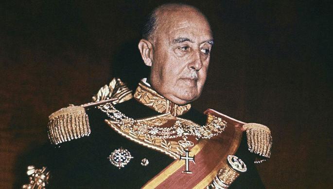 Эксгумация неизбежна: куда уберут останки Франко