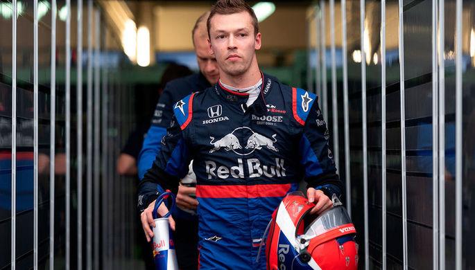 Российский гонщик Даниил Квят