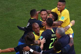 Сменили образ: дуэль причесок сложилась в пользу Бразилии