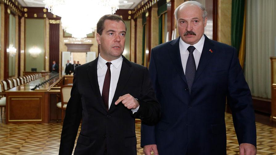 """Медведеву """"странно слышать"""" от Лукашенко слова о чужих войнах"""