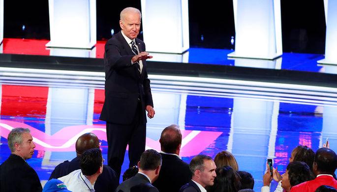Бывший вице-президент США Джо Байден после второго рауда дебатов между кандидатами в президенты от Демократической партии в Детройте, 31 июля 2019 года