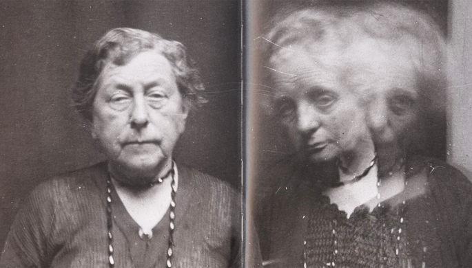 Две женщины, 1922 год