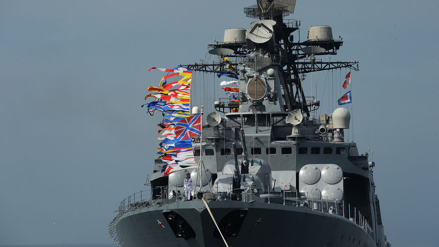 Празднование дня ВМФ стартовало во Владивостоке
