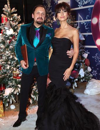 Певец Стас Михайлов и певица Зара на шоу-концерте «Песня года- 2013»