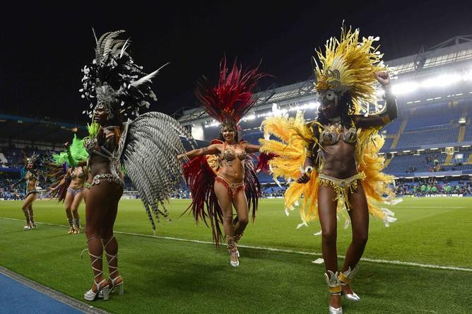 Бразильский карнавал на «Стэмфорд Бридж»