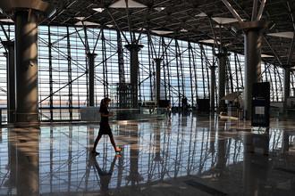 Зал вылета терминала А аэропорта Внуково, 2013 год