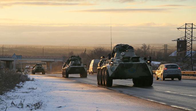 «Чтобы быть начеку»: в Кремле объяснили перемещение войск
