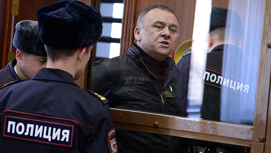 Организатор убийства Политковской Лом-Али Гайтукаев во время заседания в Мосгорсуде, 2014 год