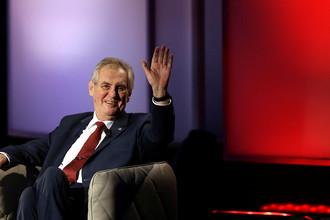 Действующий президент Чехии Милош Земан одержал победу во втором туре президентских выборов