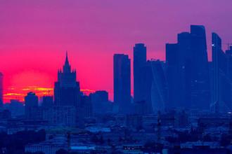 Ушли на дно: в Москве рекордно низкое давление
