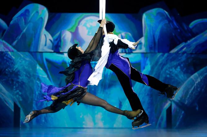 Ледовое шоу «Снежный король- 2. Возвращение» с участием Евгения Плющенко в Санкт-Петербурге