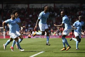 Нападающий «Манчестер Сити» Рахим Стерлинг празднует победный гол в ворота «Борнмута»