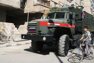Российские военные полицейские провели рейд в пригороде Дамаска Ялда в Сирии