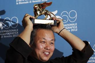 Корейский режиссер Ким Ки Дук, обладатель Золотого льва 69-го Венецианского кинофестиваля