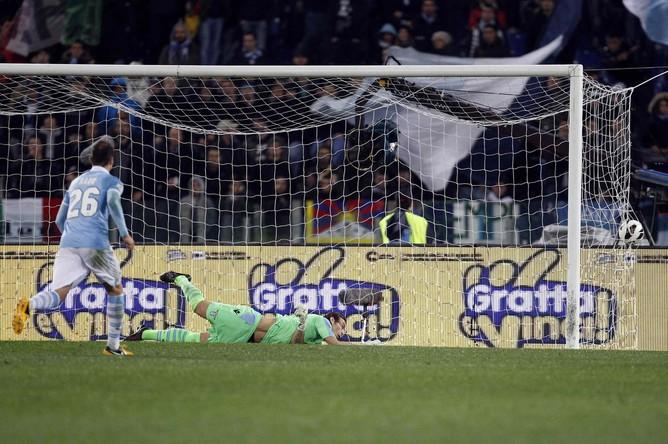 Игрокам «Лацио» пришлось лишь наблюдать за тем, как Ляич забивает второй гол