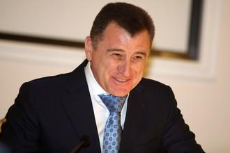 От отставки волгоградского губернатора Сергея Боженова (на фото) может спасти только Вячеслав Володин