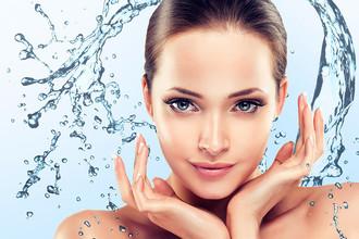 Просто добавь воды: самые эффективные средства для кожи в начале весны