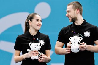 Анастасия Брызгалова и Александр Крушельницкий после выступления на Олимпиаде в Пхенчхане, февраль 2018 года