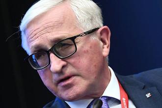 «Близки к повторению»: России предрекли перестройку