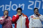 Татьяна Каширина стала серебряным призером Олимпиады потяжелой атлетике вкатегории свыше 75кг. Золото завоевала китаянка Чжоу Лулу, бронзу – представительница Армении Рипсиме Хуршудян.