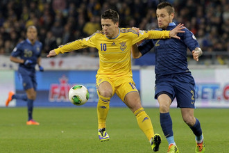 В стыковых матчах перед чемпионатом мира — 2014 сборная Украины дома обыграла Францию со счетом 2:0, но уступила на выезде (0:3) и в Бразилию не попала