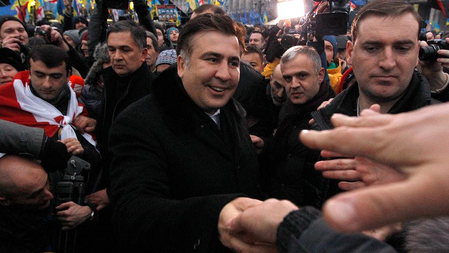 """Саакашвили рвется в Киев строить """"успешную Украину"""""""