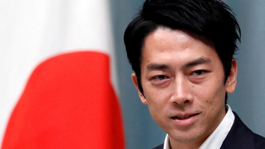 Дайте женам поработать: как японский министр уходит в декрет