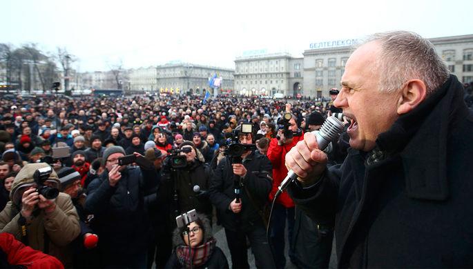 «Сговор» с блогером: в чем обвиняют россиян в Минске